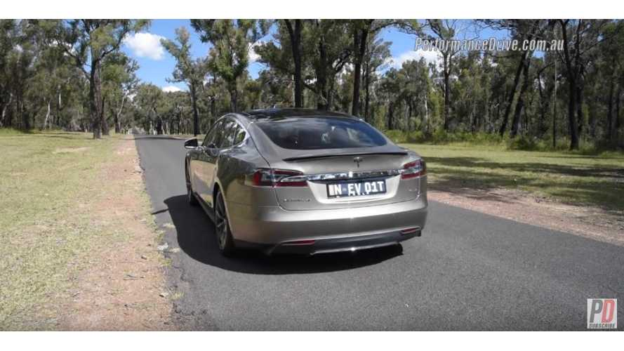 Tesla Model S P85D Presentation With Sound & Acceleration - Video