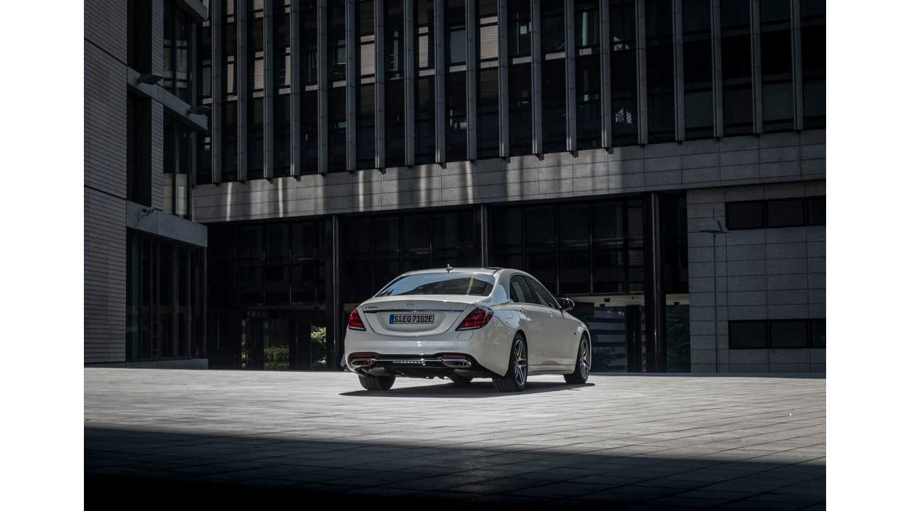 Mercedes-Benz Introduces S 560 e Plug-In Hybrid With 13 5