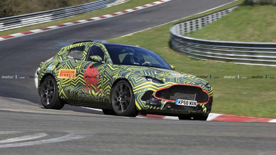 Aston Martin DBX, il super SUV suona molto bene