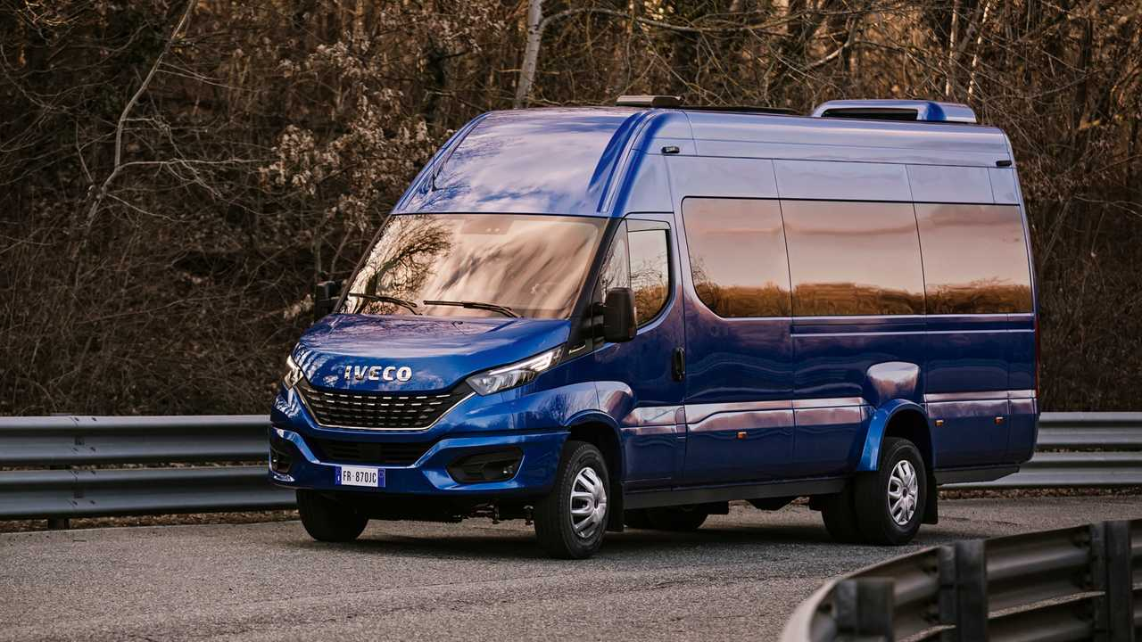Nuovo Iveco Daily Restyling_Minibus