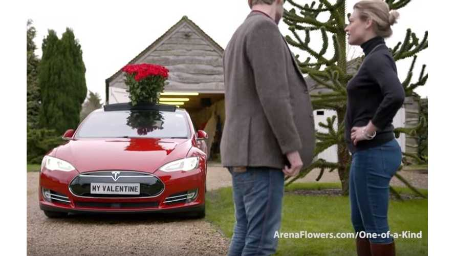 For Valentine's Day: Summon A Tesla Model S With Roses On Board
