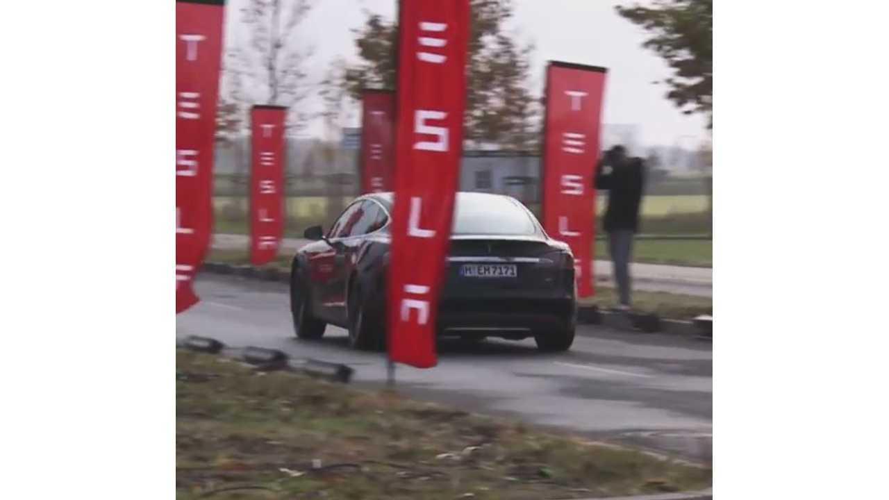 Tesla Model S P85D Doing The Promo Tour In Berlin In November