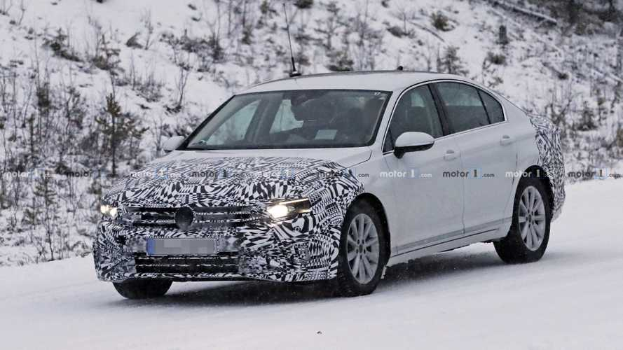 2019 VW Passat facelift new spy photos