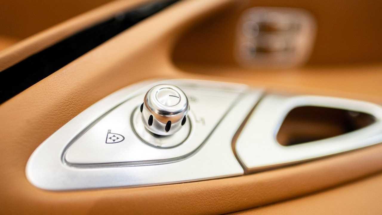 Bugatti Veyron beltéri eladó
