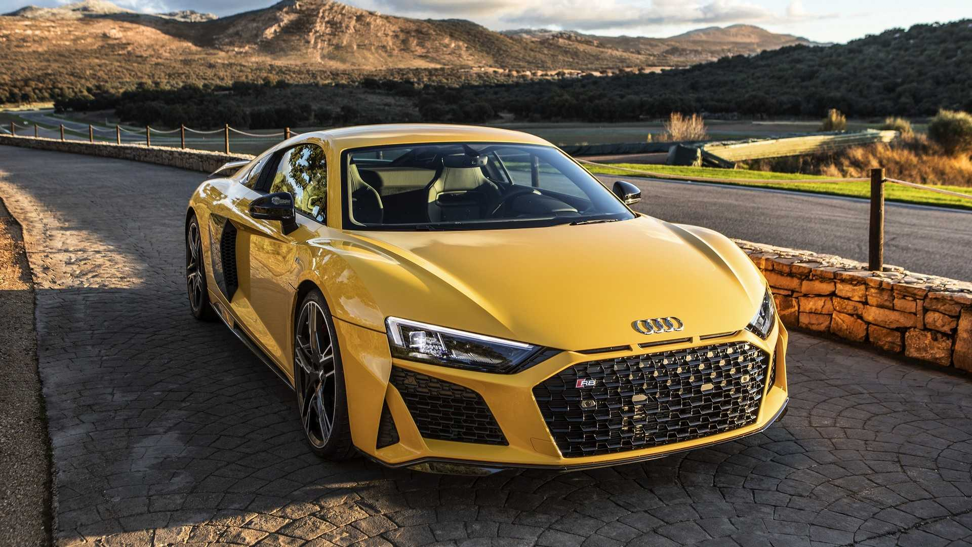 Watch The 2019 Audi R8 Performance Fly To 62 Mph And Beyond
