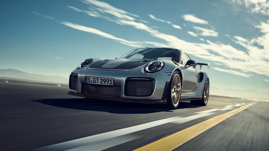 Porsche 911 GT2 RS tam 700 beygir güçle geldi