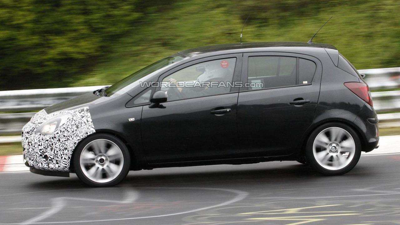 Opel Corsa facelift spy photo