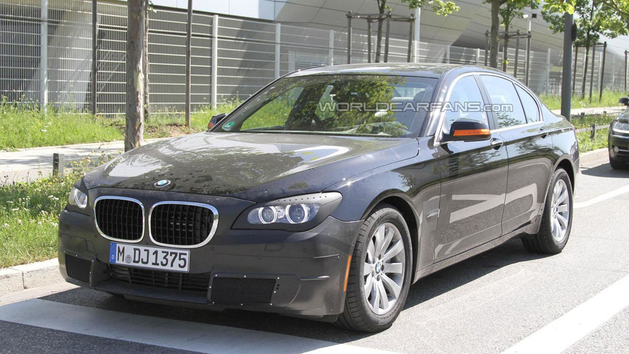 BMW may introduce tri-turbo diesel for the facelifted 2012 X6 and 7-Series models - report