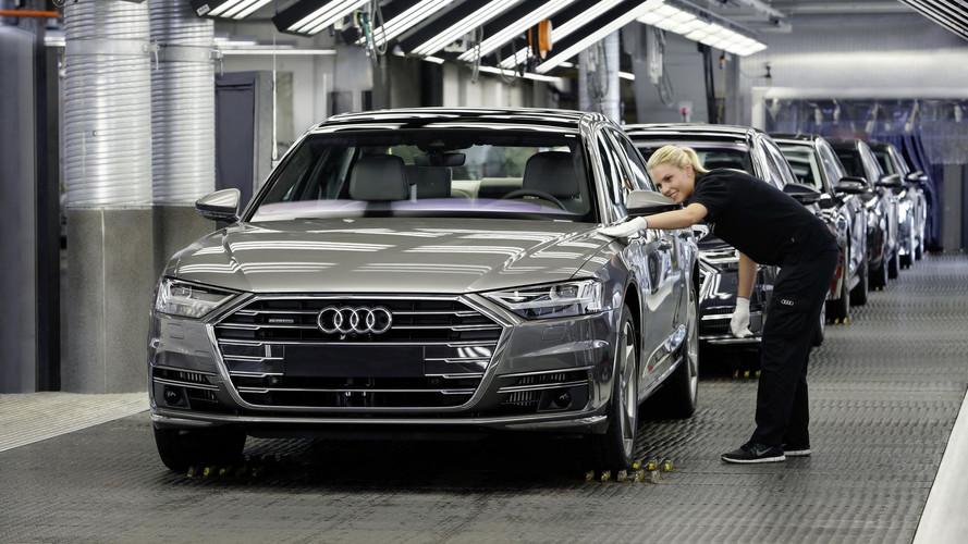 Eldőlt: érkezhet a kimagasló luxust nyújtó Maybach-rivális Audi A8
