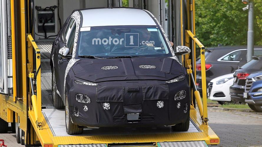 Hyundai Kona EV Photos espion