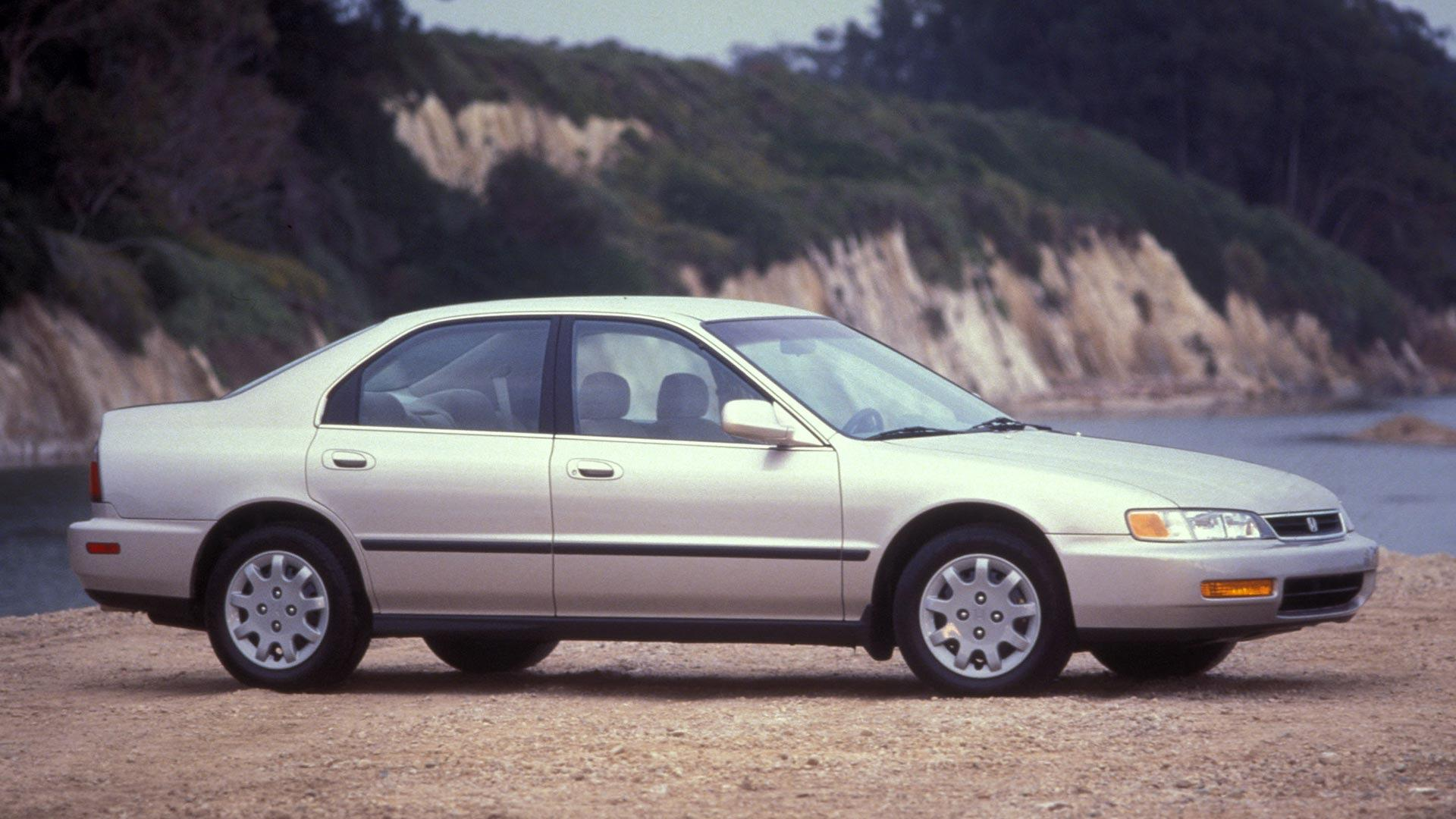Old Honda Accord >> 20 Year Old Honda Accords Were 2016 S Most Stolen Vehicles