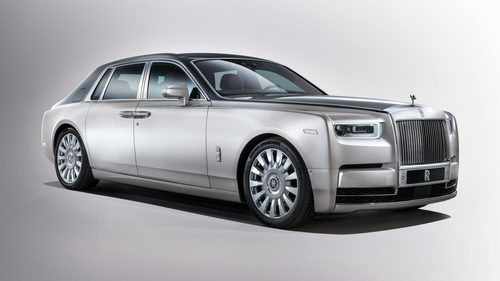 Get Familiar With The 2018 Rolls Royce Phantom In 5 Videos