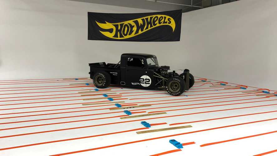 This is the world's longest Hot Wheels track