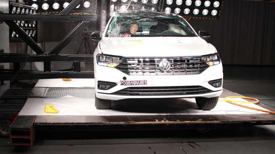Volkswagen Jetta e Tiguan recebem nota máxima em crash-test