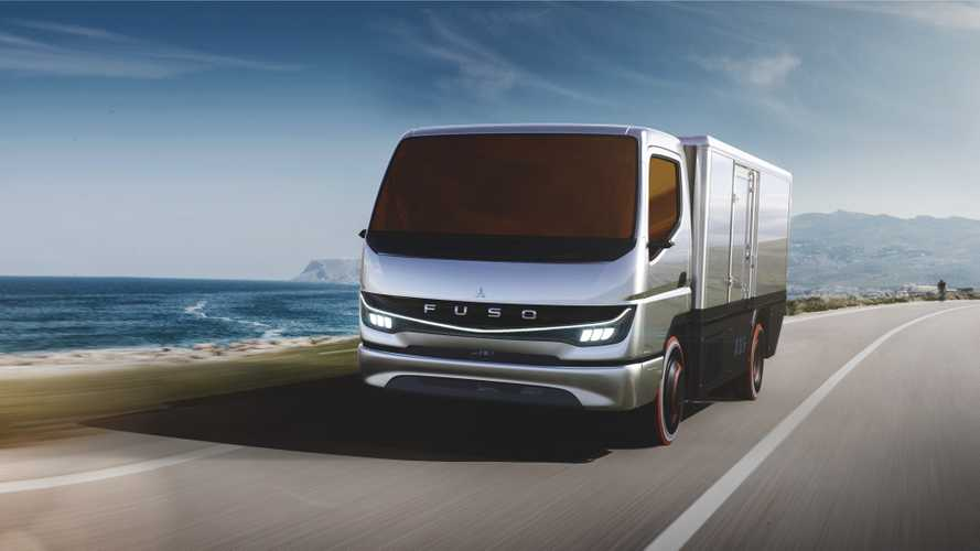 Daimler's Mitsubishi FUSO shows Vision F-Cell in Tokyo