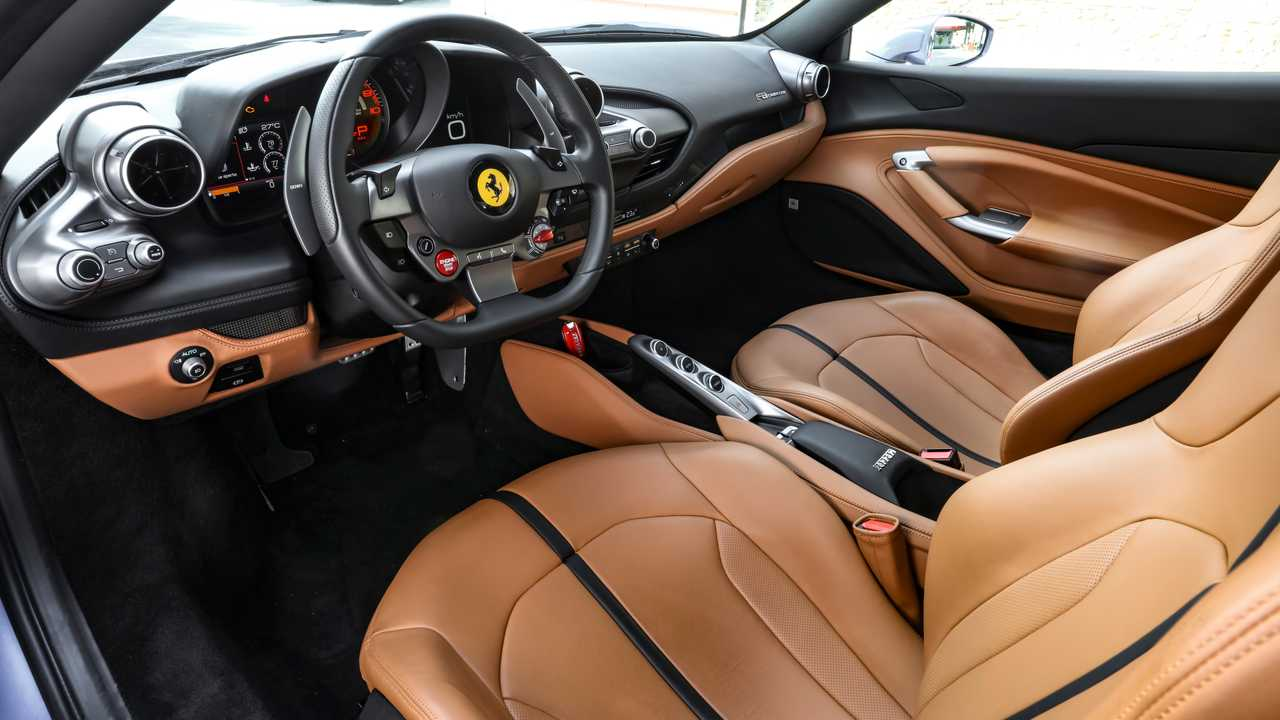 Ferrari F8 Tributo 3.9-V8 Automatic