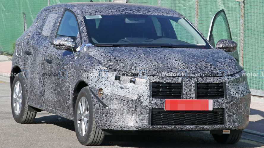 2020 Dacia Sandero spy photos