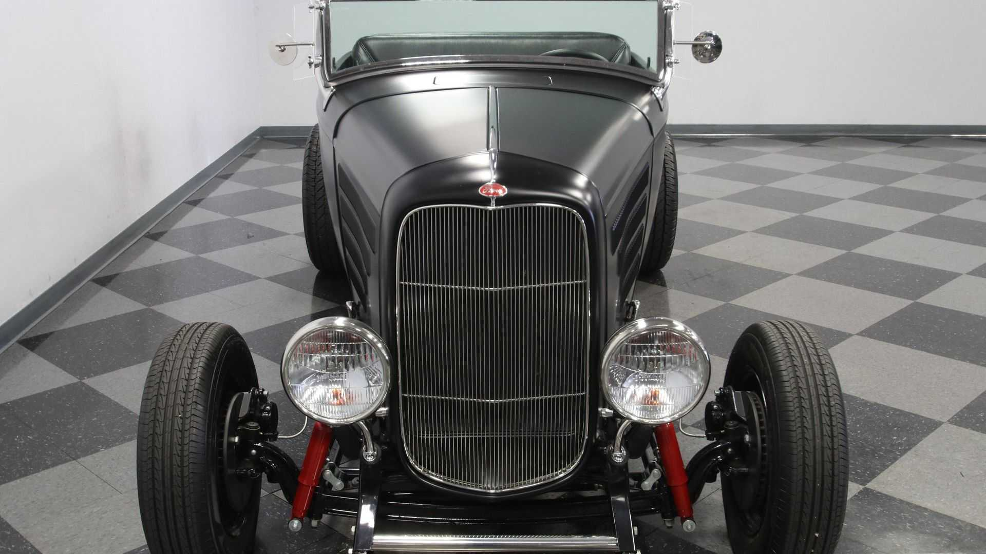 "[""1932 Ford Highboy Roadster Provides Turn-Key Performance""]"