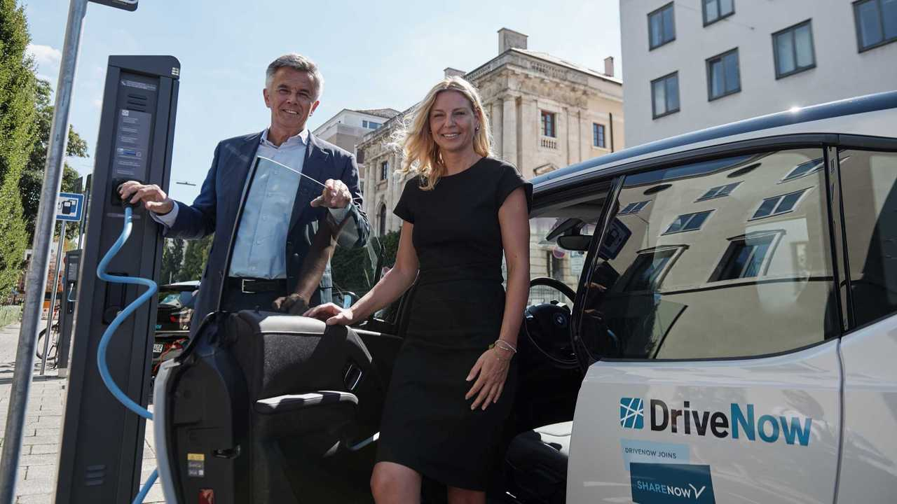 City of Munich and BMW Group commit to innovative emission-free mobility: SHARE NOW doubles electric fleet size