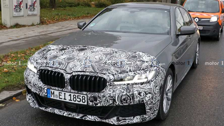 BMW 5 Series facelift caught in traffic with M Sport package
