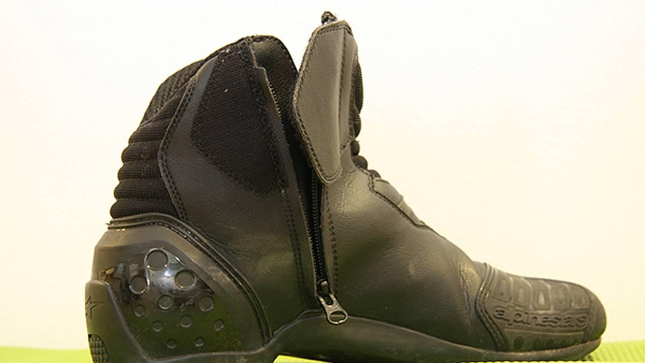 8231759b8e Gear  Alpinestars SMX-1 boots