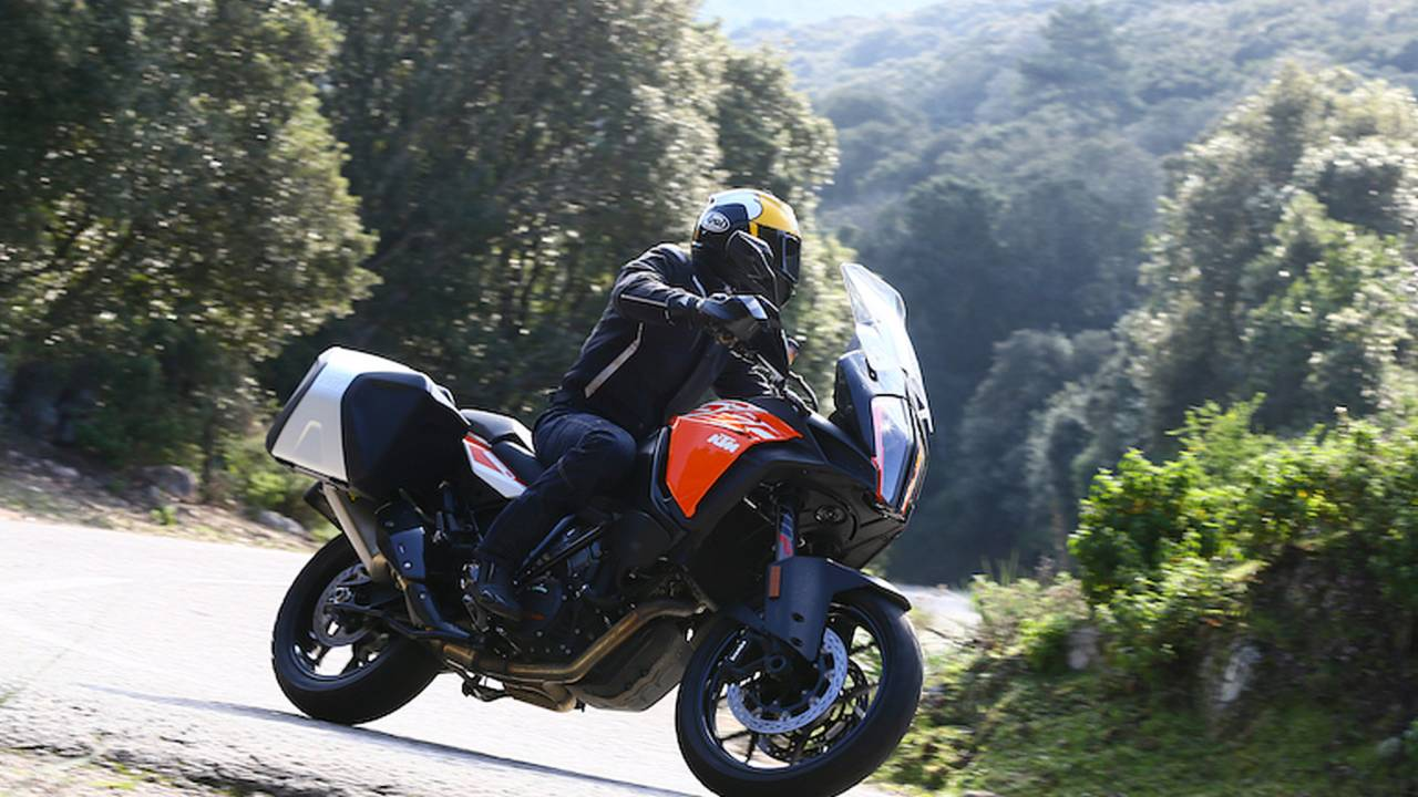 2017 KTM 1290 Super Adventure S – First Ride