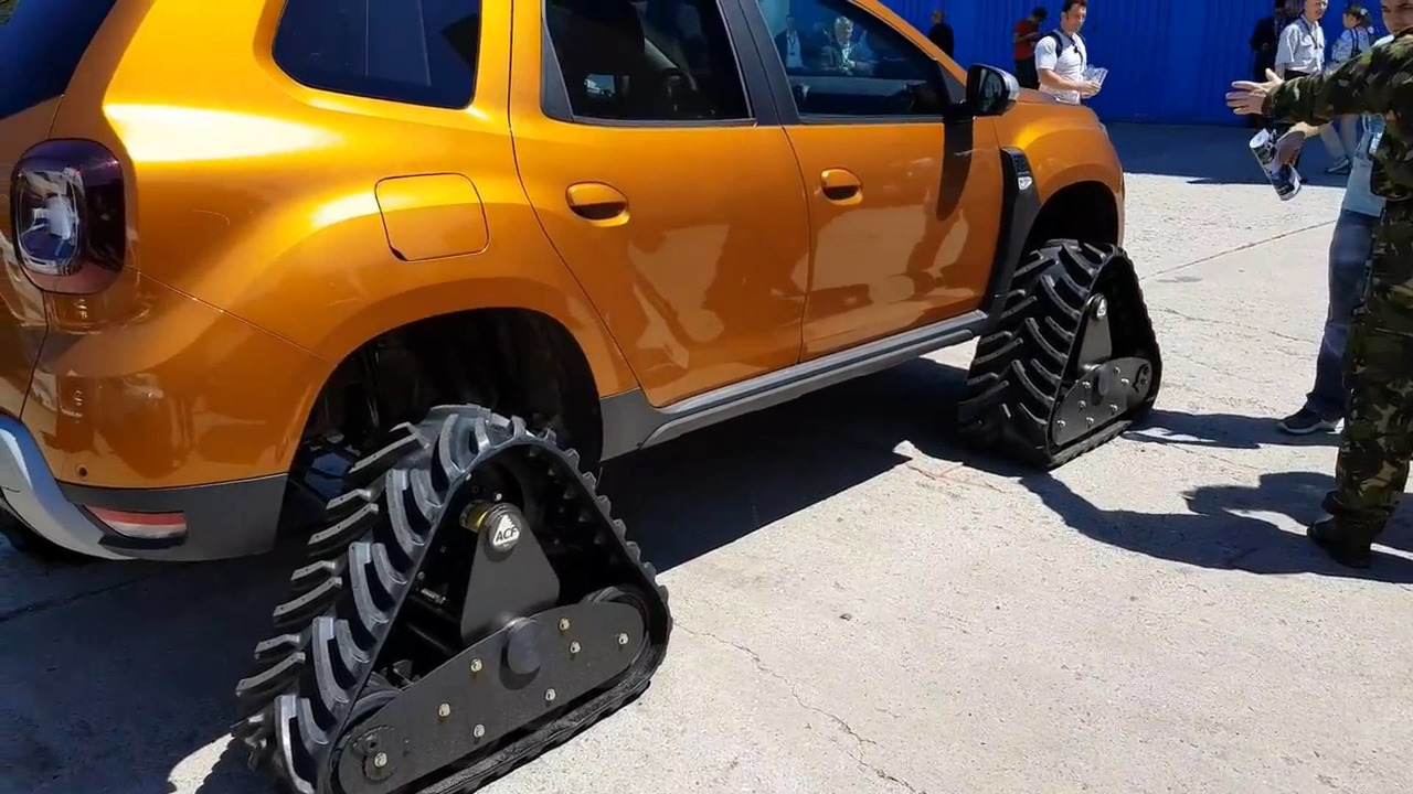 Dacia Duster con orugas