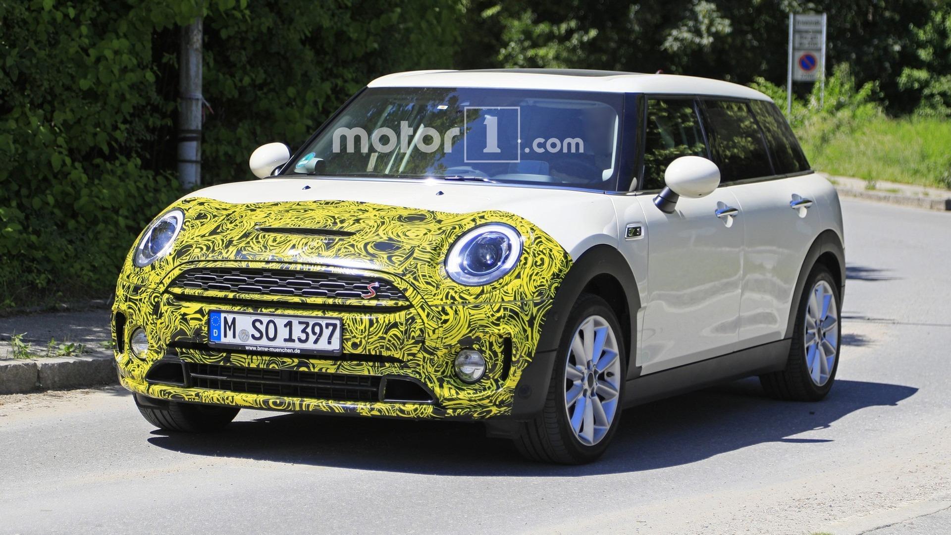 Mini Clubman Facelift Makes Spy Photo Debut
