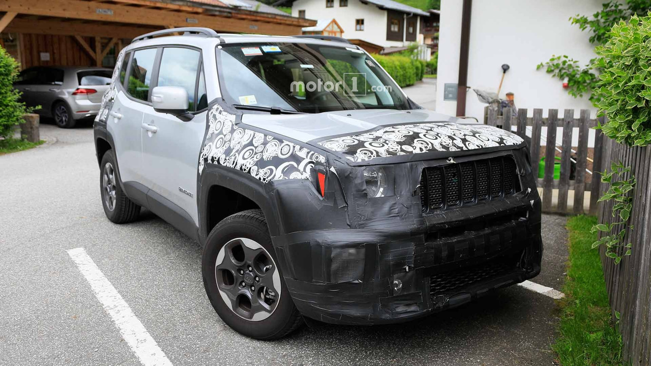 Jeep Renegade: will it be a winner of sub-4 meter SUVs?