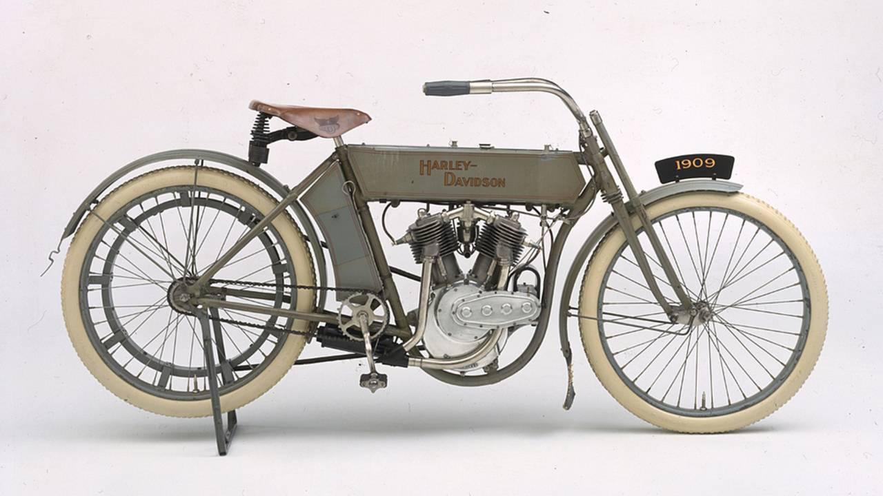 The Birth of the Harley-Davidson V-Twin