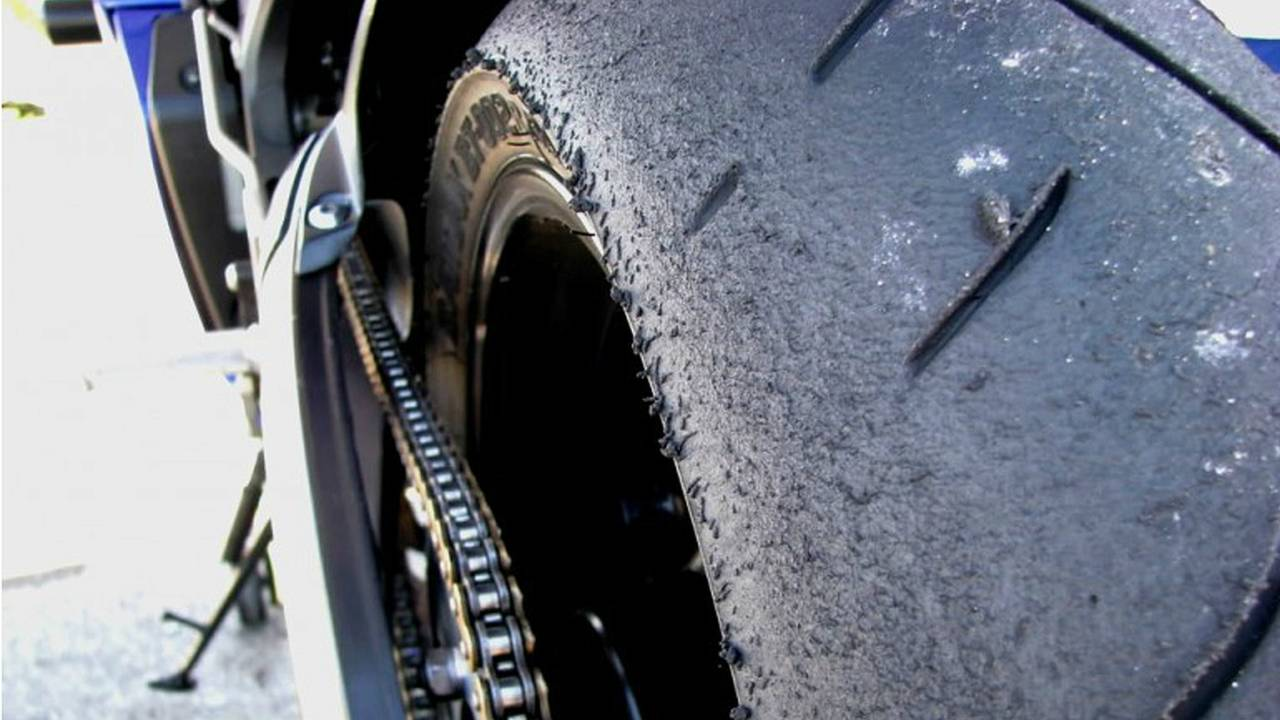 How to Tell When Your Tires are Too Worn — Safety Tech