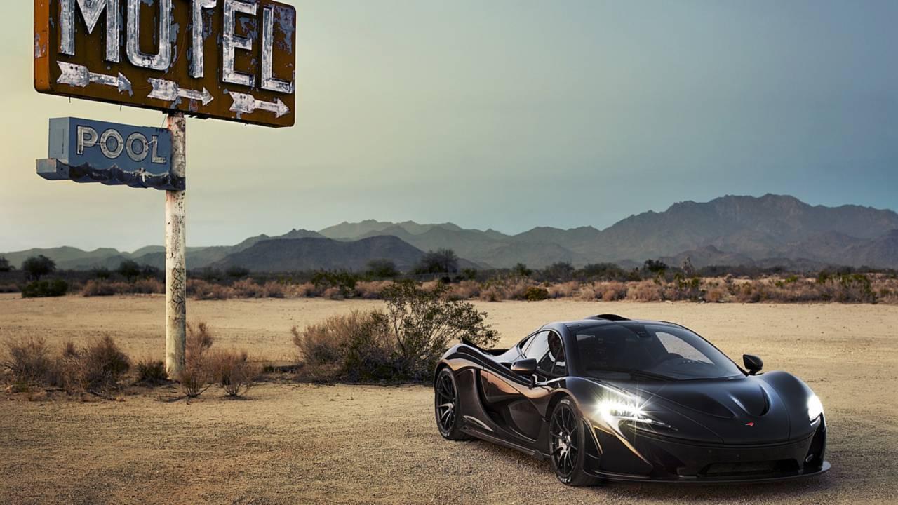 McLaren P1 in the desert