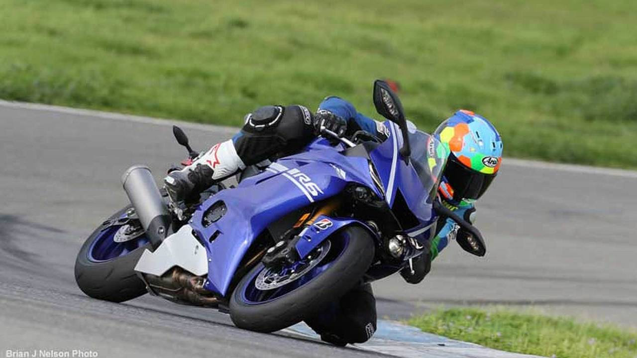 Pure Exhilaration - A Review of the 2017 Yamaha YZF-R6