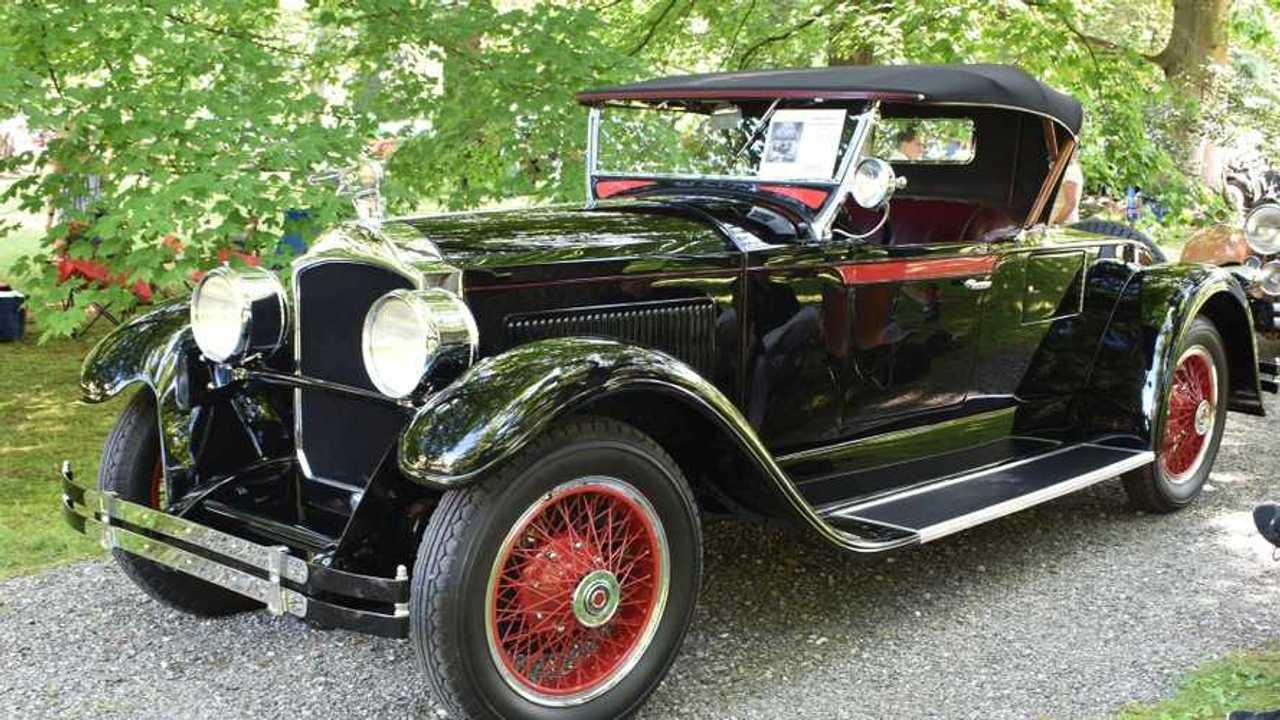 928 Packard 533 Runabout Gets Award-Winning Restoration