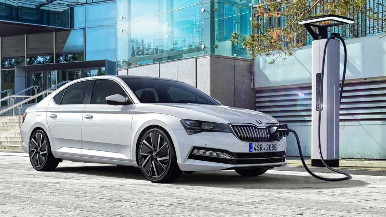 Skoda Superb iV und Superb Combi iV