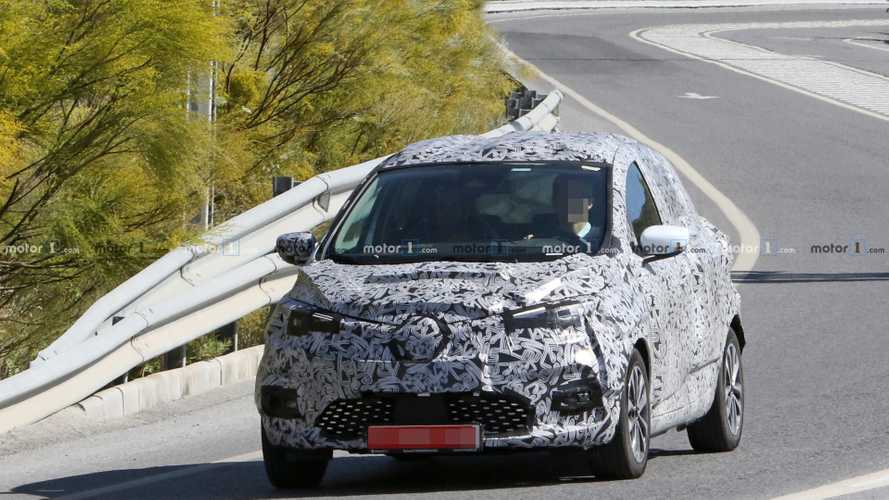 2020 Renault Zoe new spy photos
