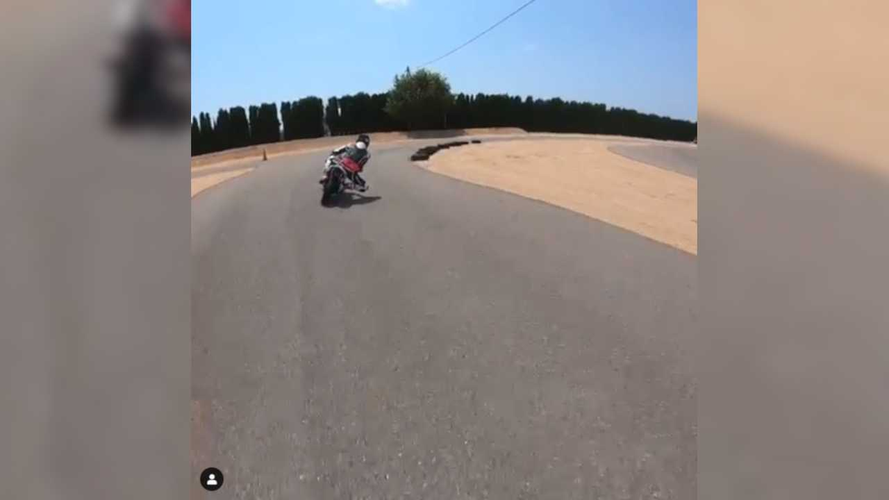 Daniel Ricciardo Rides A Minibike