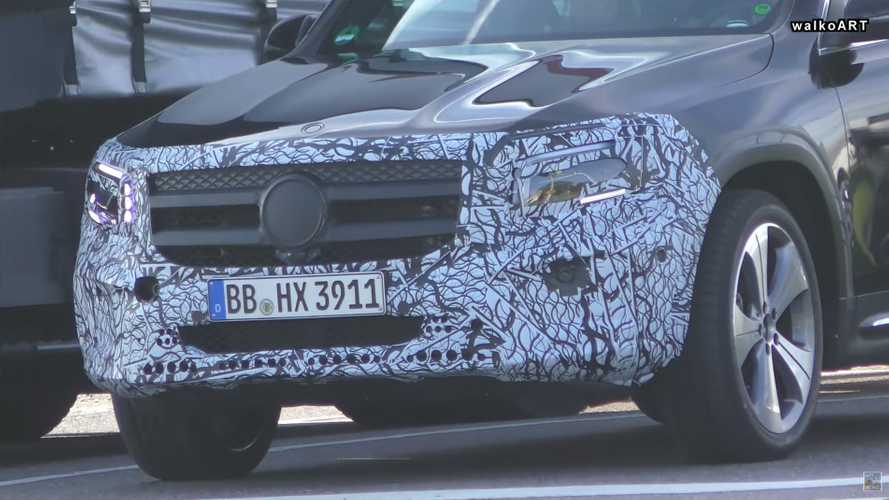 2020 Mercedes GLB screenshots from spy video