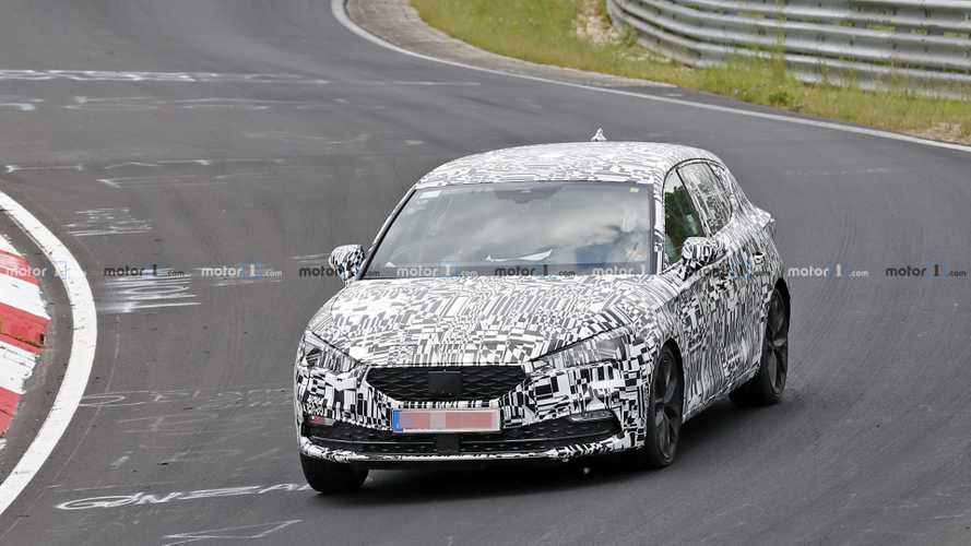 Nuova Seat Leon, nuove spy photo dal Nurburgring