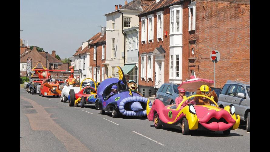 """Le auto di """"Wacky Races"""" corrono in Inghilterra"""