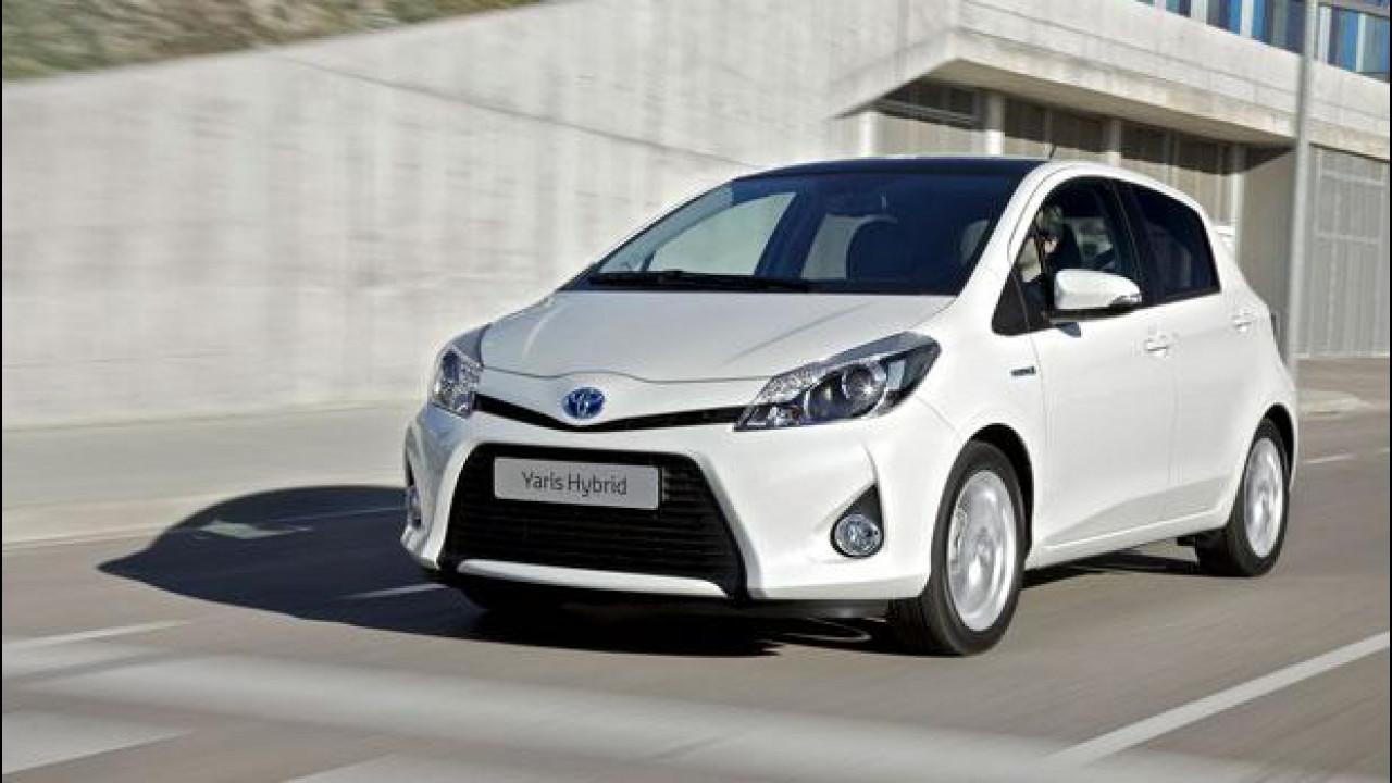 [Copertina] - Toyota Yaris Hybrid: torna il genio, questa volta verde