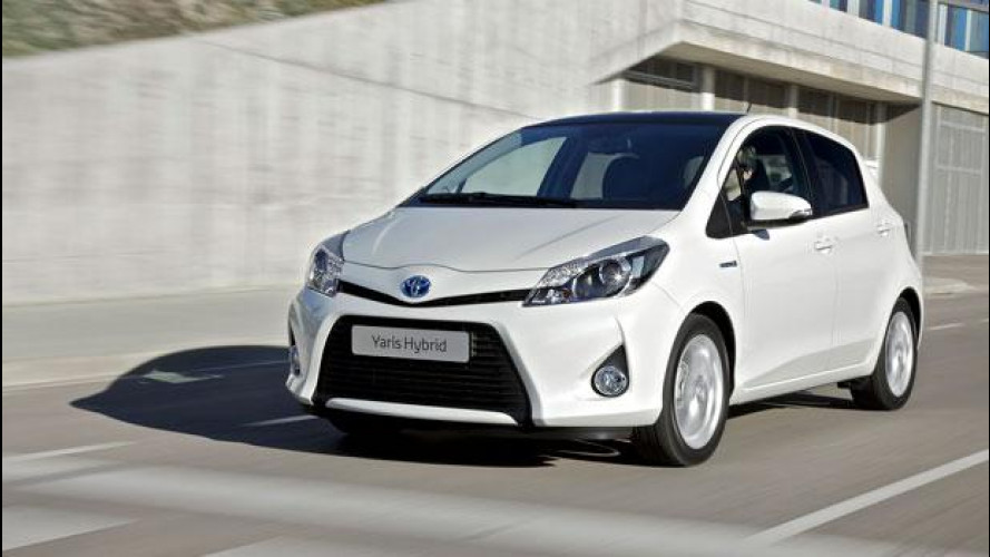 Toyota Yaris Hybrid: torna il genio, questa volta verde
