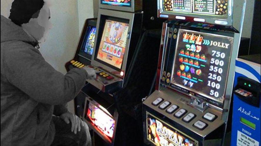 """Slot-machine, """"un pericolo"""" per la sicurezza stradale"""