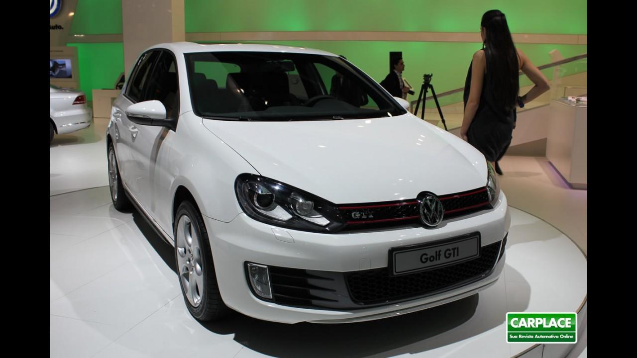 Nova geração do Golf deve ser revelada oficialmente no Salão de Paris