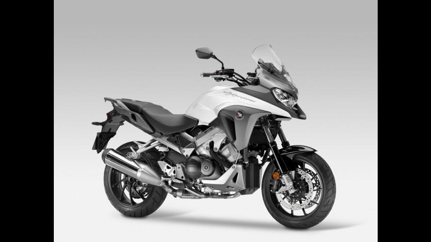 Salão de Milão: Honda exibe linha VFR atualizada