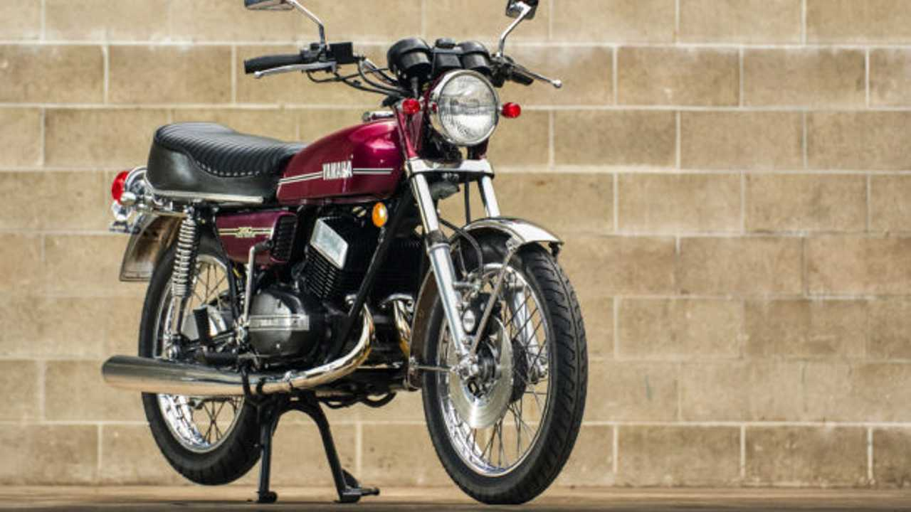 1974 Yamaha RD350 Up For Grabs