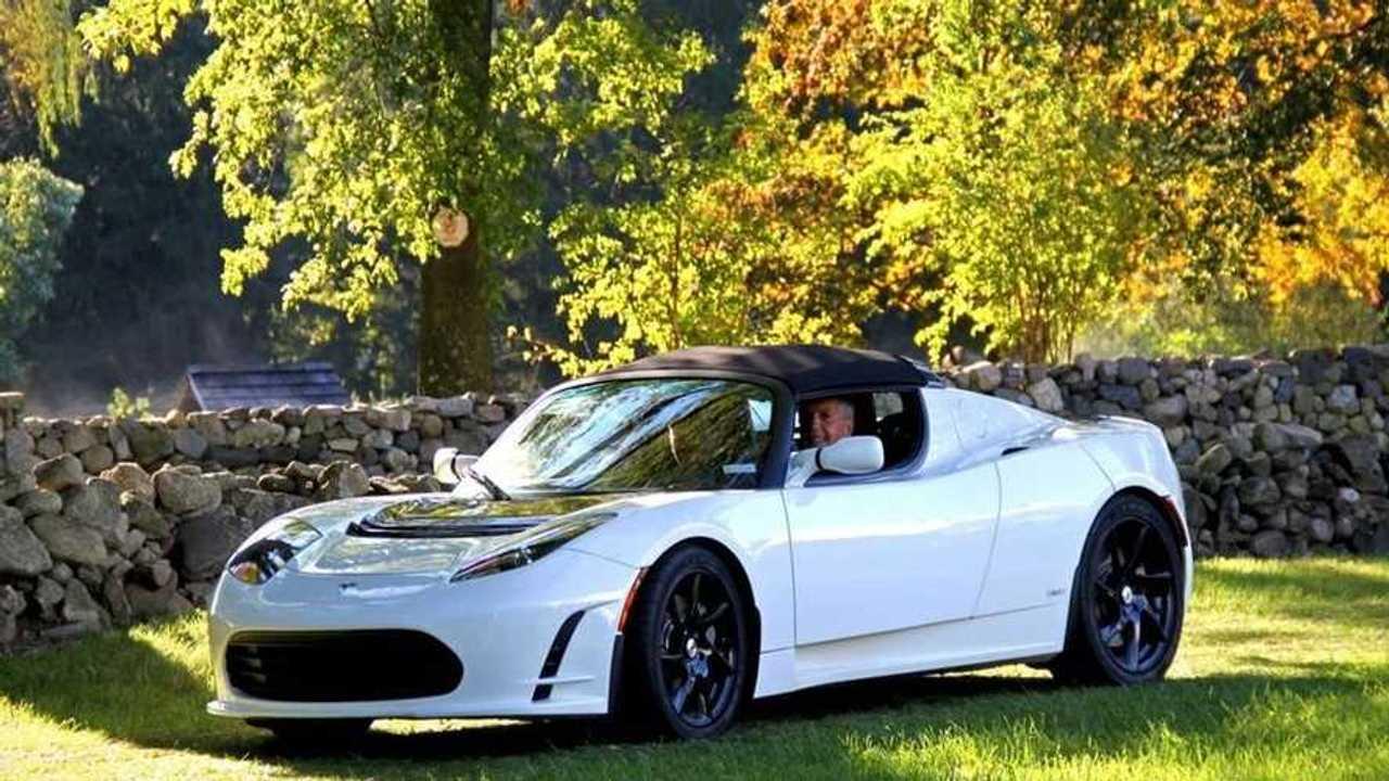 Tesla Roadster in vendita  1,5 milioni di dollari
