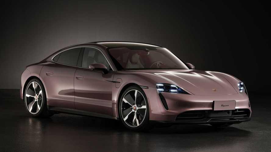 """Porsche Taycan """"básico"""" estreia com tração traseira e autonomia de 489 km"""