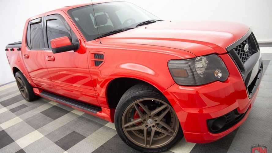 Cool Ford Explorer Sport Trac With V8, Manual Swap Can Be Yours