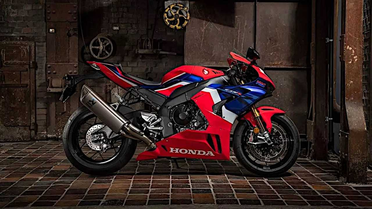 Honda CBR1000RR-R Fireblade SP right side view